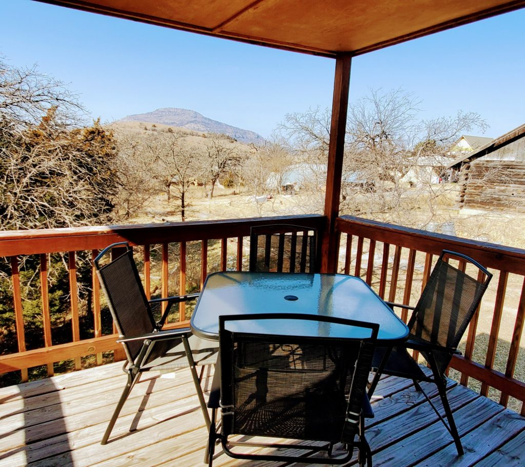 Mountain View Cabin Upstairs Deck